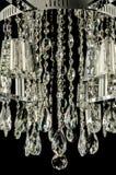 Samtidaa glass ljuskronakristaller Royaltyfria Bilder