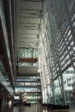 samtidat korridorkontor för byggnad Arkivfoton