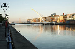 Samuel Beckett Bridge, Dublin - Irland Stockbilder