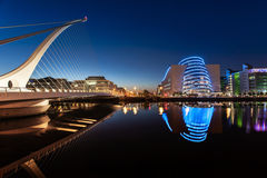 Samuel Beckett Bridge at Twighlight Royalty Free Stock Photography