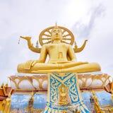 SAMUI, TAILANDIA - 2 LUGLIO 2016: Scultura di grande iin di Buddha il tempio Wat Plai Laem Fotografie Stock Libere da Diritti