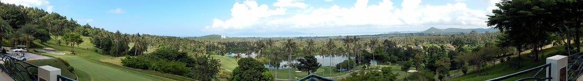 Samui Thailand, en panoramautsikt från restaurangen av golfklubben, December 2013, horisontellt arkivfoto
