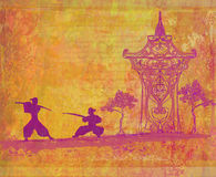 Samuraischattenbild in der asiatischen Landschaft Lizenzfreies Stockfoto