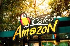 Samuthsakorn, ΤΑΪΛΑΝΔΗ - 13 Φεβρουαρίου: Κατάστημα ποτών του Αμαζονίου καφέδων στο Π Στοκ φωτογραφία με δικαίωμα ελεύθερης χρήσης