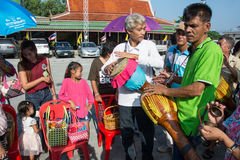 Samutprakarn, THAILAND - OCT 28 : people play music and Thai traditional dance for End of Buddhist Lent Day. on October 28, 2015 i Stock Images