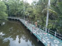 SAMUTPRAKRAN,泰国- 5月13 :unidentifed旅游乘驾bicyc 图库摄影