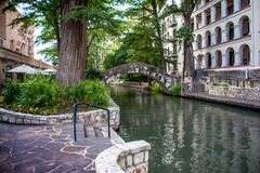 San Antonio Riverwalk Arch Bridge fotografia stock libera da diritti