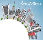 San Antonio Skyline avec Gray Buildings, le ciel bleu et l'espace de copie Photos stock