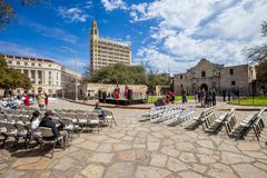 SAN ANTONIO, TEXAS - MARCH 2, 2018 - People gather to watch the 182nd commemoration of the Siege and Battle of the Alamo, which to. Ok place between February 23 royalty free stock photos