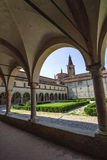 San Benedetto Po - claustro de la abadía Foto de archivo libre de regalías