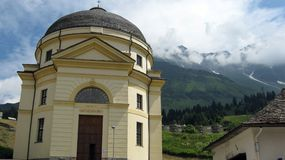San Bernardino wioska Południowi Szwajcarscy Alps obraz royalty free