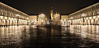 San Carlo quadra la vista di notte di Torino Torino Italia Italia della piazza fotografia stock libera da diritti