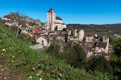 San Cirq Lapopie nel dipartimento del lotto, villaggio francese fotografie stock