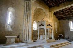 San Clemente-Abteikirche ruiniert Abruzzo-Region Italien Stockbilder
