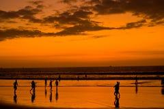 Zonsondergang op Vreedzame kust van Ecuador Stock Fotografie
