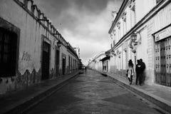 SAN Cristobal de Las Casa, Μεξικό 29 Δεκεμβρίου 2018: Οδοί και ζωηρόχρωμα κτήρια στο SAN Cristobal στοκ φωτογραφία