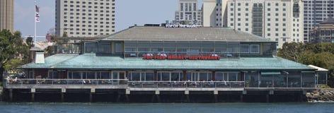 SAN DIEGO, CA - el restaurante del mercado de pescados Imagen de archivo libre de regalías