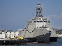 SAN DIEGO, CA - USS Gabrielle Giffords LCS-10 atracada Fotos de archivo