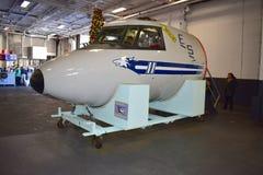 San Diego, Californië - de V.S. - 04,2016 Dec - Hawkeye-Toezichtvliegtuigen in het Centrale Museum van USS Royalty-vrije Stock Foto