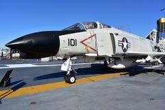 San Diego, California - los E.E.U.U. - DEC 04,2016 - combate aéreo del museo intermediario de USS primer Imagenes de archivo