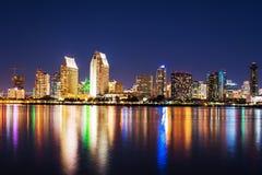 San Diego Downtown nachts Lizenzfreie Stockbilder