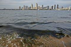 San Diego horisont från över fjärden fotografering för bildbyråer