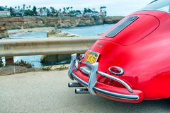 SAN DIEGO - 29 JUILLET 2017 : Vieille voiture de Porsche de vintage le long de la ville Co Photo stock