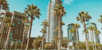 SAN DIEGO - JULI 29, 2017: Moderna byggnader av San Diego horisont Arkivfoto