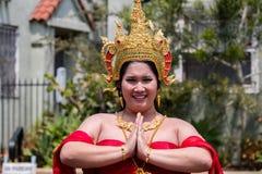San Diego LGBT stolthet ståtar 2017, thai traditionsplagg Arkivfoton