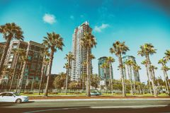 SAN DIEGO, LIPIEC - 29, 2017: Nowożytni budynki San Diego linia horyzontu Obraz Stock