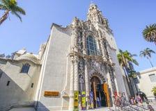 San Diego Museum del hombre en el parque del balboa - SAN DIEGO - CALIFORNIA - 21 de abril de 2017 Foto de archivo