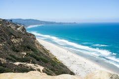 San Diego plaża wzdłuż linii brzegowej - Torrey sosen gliderport Obrazy Royalty Free