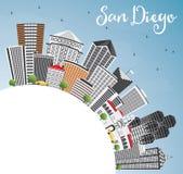 San Diego Skyline avec Gray Buildings, le ciel bleu et l'espace de copie illustration de vecteur