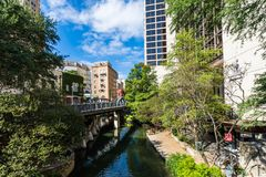 San famoso Antonio River Walk em San Antonio do centro, Texas foto de stock