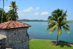 San Felipe Castle op de kusten van Rio Dulce Guatemala royalty-vrije stock afbeelding
