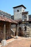 San Felipe Castle op de kusten van Rio Dulce Guatemala stock fotografie