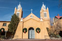 San Felipe de Neri Church som daterar från 1793, i Albuquerque, NM royaltyfria foton