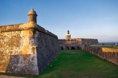 SAN Felipe del Morro Fort στο ηλιοβασίλεμα Στοκ Εικόνες