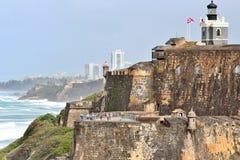 San Felipe Del Morro fort w San Juan, Puerto Rico- Marzec 9, 2017-School dzieci odwiedza historycznego San Felipe Del Morro fort Obraz Stock