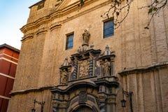 San Felipe y Santiago el Menor Church i Zaragoza, Spanien royaltyfria bilder