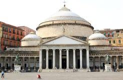 SAN Francesco Di Paola και αγάλματα στη Νάπολη, Ιταλία Στοκ εικόνα με δικαίωμα ελεύθερης χρήσης
