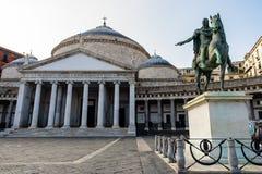 San Francesco di Paola Church op Piazza Plebiscito in Napels Napels, Italië royalty-vrije stock afbeelding