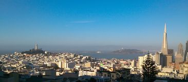 San Francisco śródmieście podczas wiosny od Nob Hill zdjęcie royalty free
