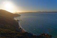 San Francisco Bay en la salida del sol fotografía de archivo