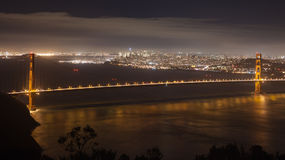 San Francisco Bay nachts Lizenzfreie Stockfotos