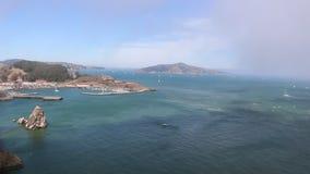 San Francisco Bay ou golfe, la Californie, Etats-Unis en 1980 banque de vidéos
