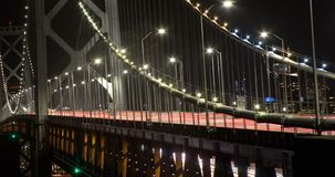 San- Francisco Baybrücke nachts stock video