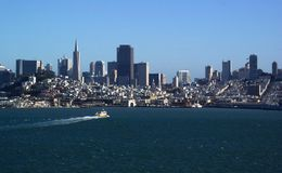 San- Francisco BaySkyline Stockfotos