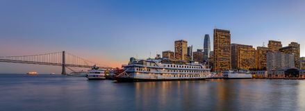 San Francisco Belle and downtown at Chrismas from wooden Pier 7 Stock Photography