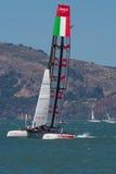 SAN FRANCISCO, CA - 26. AUGUST: Italienisches Team in der Bucht von San Franc Stockbilder